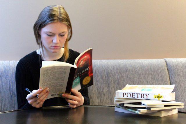 Best Iambic Pentameter Poems | Poetry